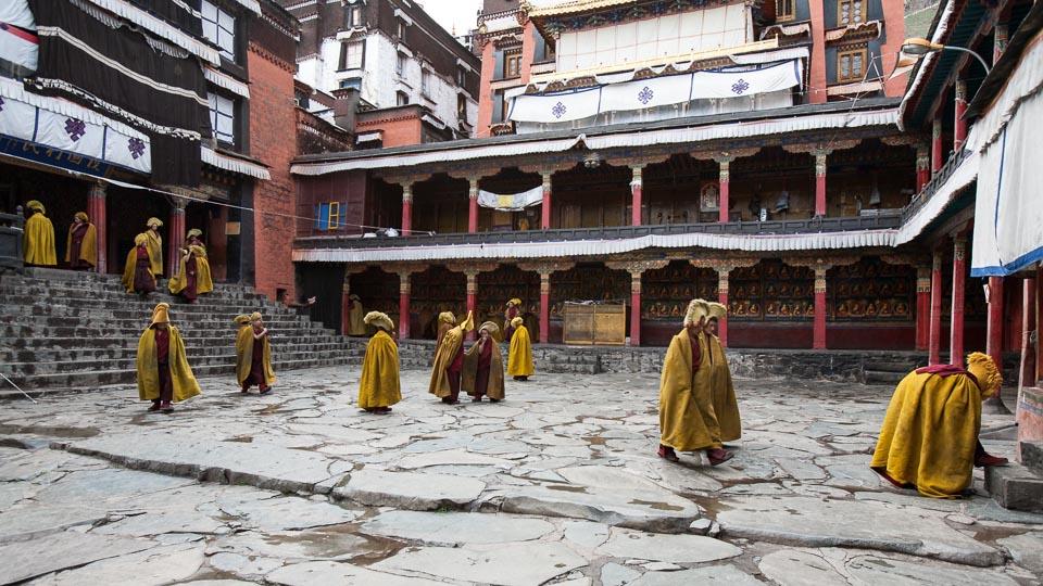 Kết quả hình ảnh cho tashilhunpo monastery tibet