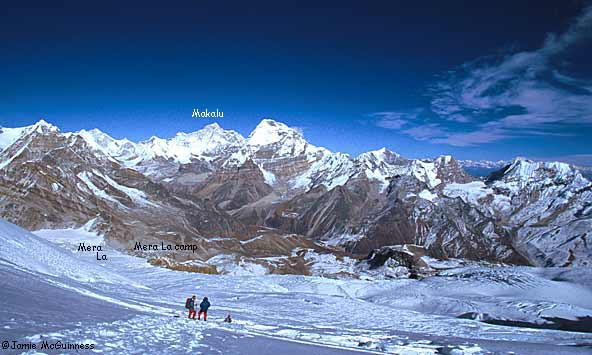 This valley heads north to the Amphu Labtsa, a difficult 5700m pass into the Khumbu (Everest) region.
