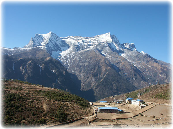 the trekking peak Kongde from Namche - it is usally attempted from the other side